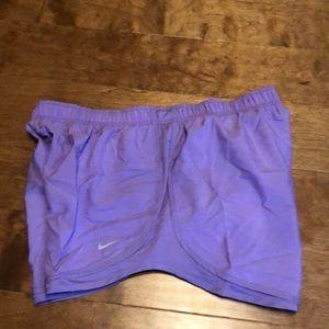 NWT Nike size XXL light purple shorts